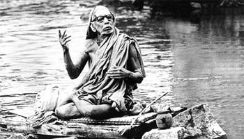 http://www.indiadivine.org/content_images/1/7/paramacharya-01.jpg