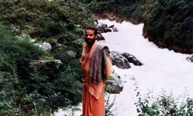 Rare Pictures of Prime Minister Narendra Modi Living as a Sadhu