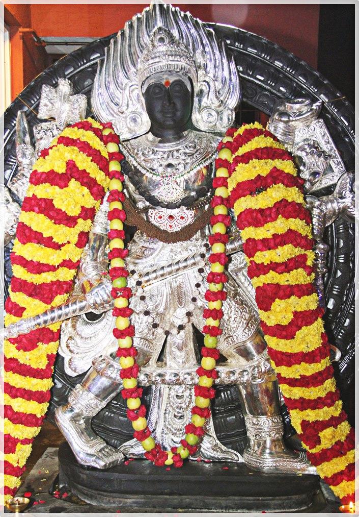 Kalabhairava - Story and Photos of Lord Kala Bhaairava