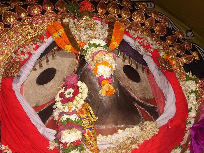Watch 2014 Jagannatha Ratha Yatra Live from Puri