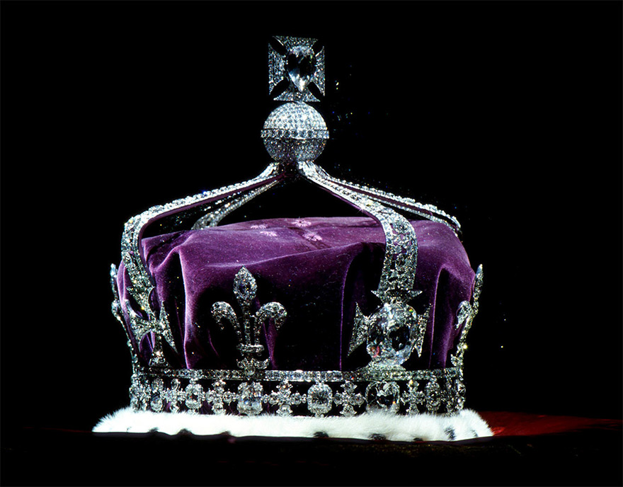 The Kohinoor Diamond in the British Crown Jewels was the Eye of Hindu Goddess of Warangal