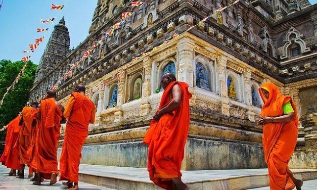 Why do we do Pradakshina or Parikrama? (Going around Deities and Temples)