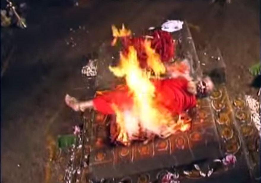 fire-yogi-03