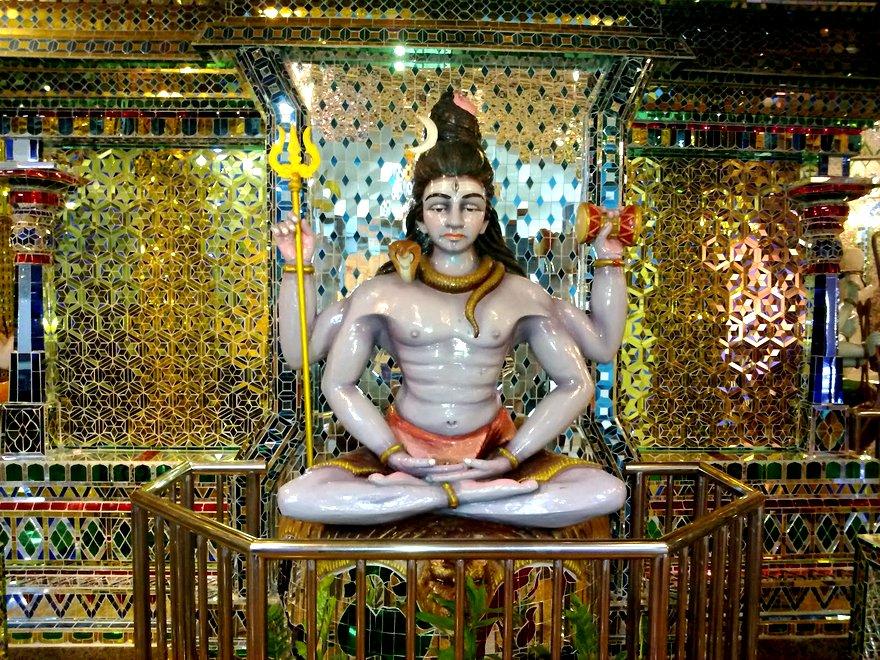 Arulmigu Sri Raja Kaliamman Templo 1