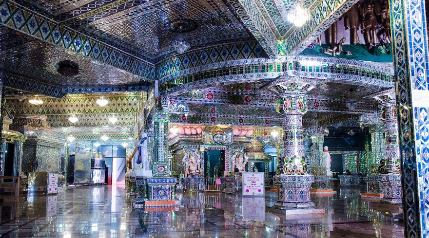Arulmigu Sri Raja Kaliamman Templo 2