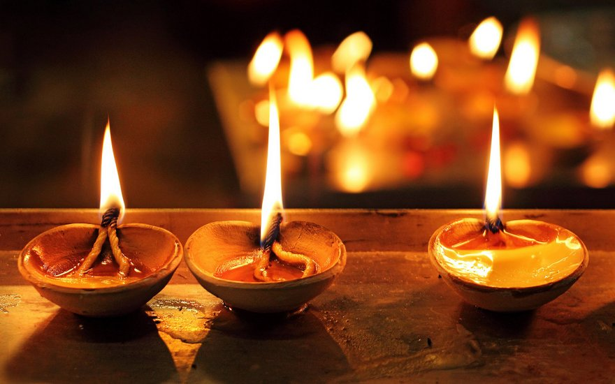 Reasons to Celebrate Diwali in Hinduism