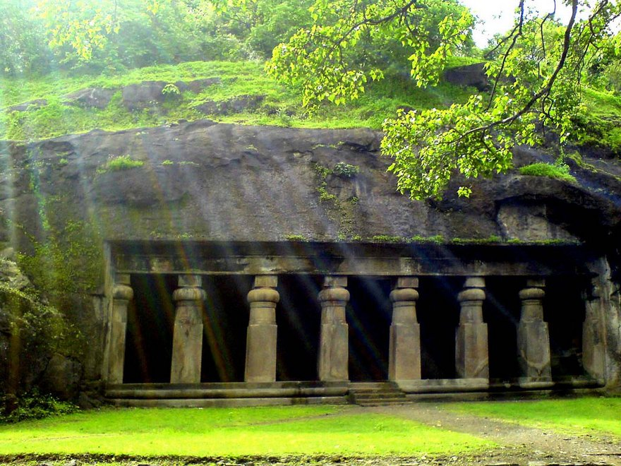 Elephanta: The City of Caves