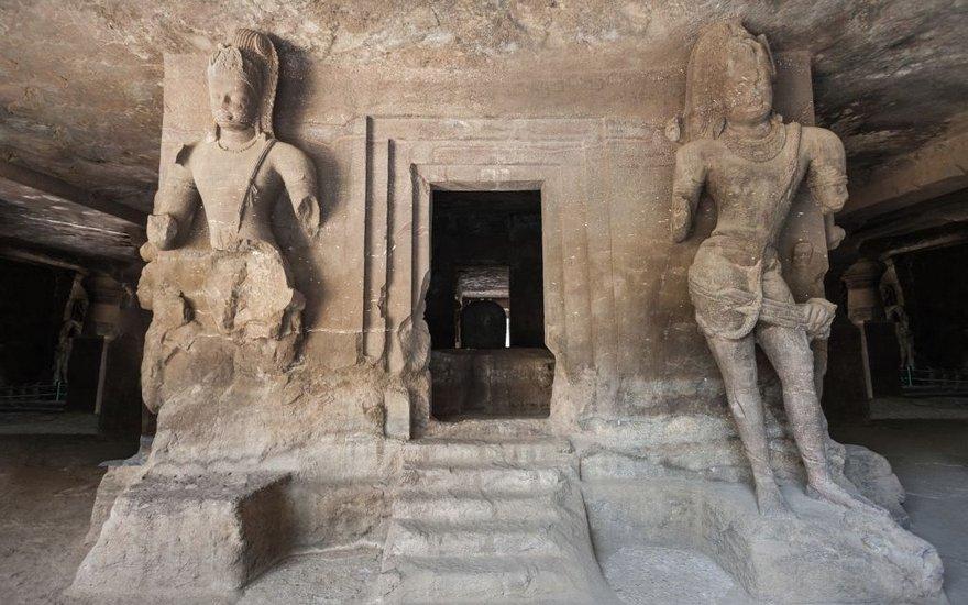 elephanta cave2