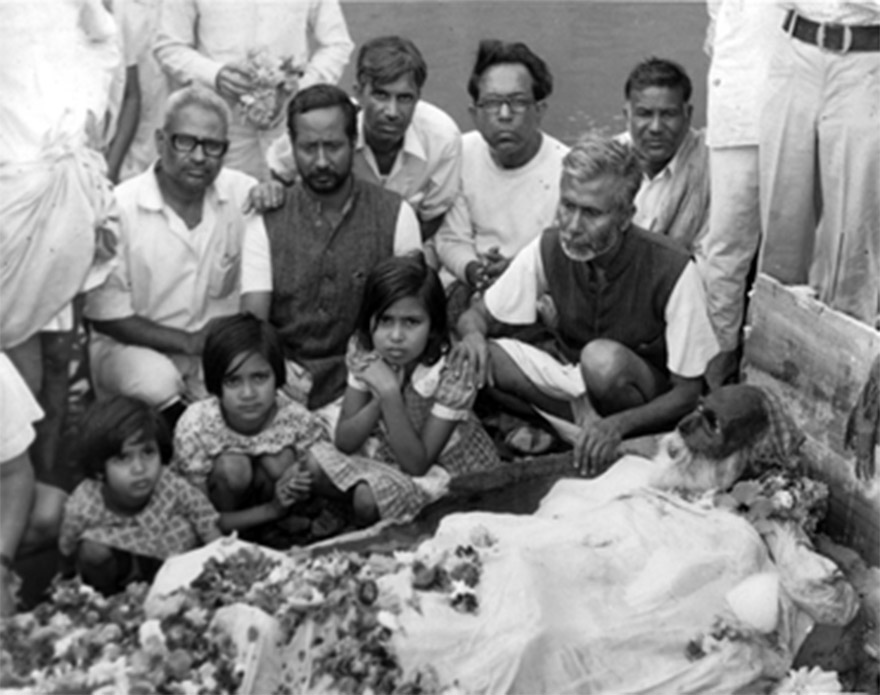 Image result for subhash chandra bose as gumnami baba