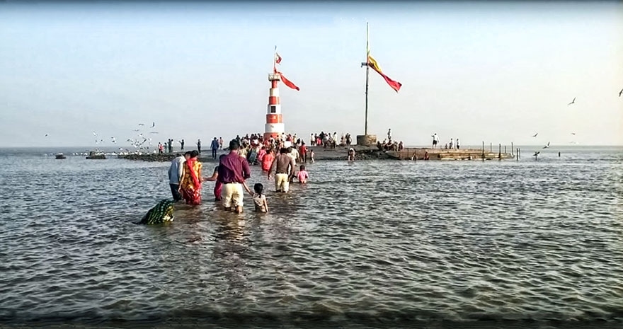 Image result for nishkalangeswar temple in gujarat sea images photos