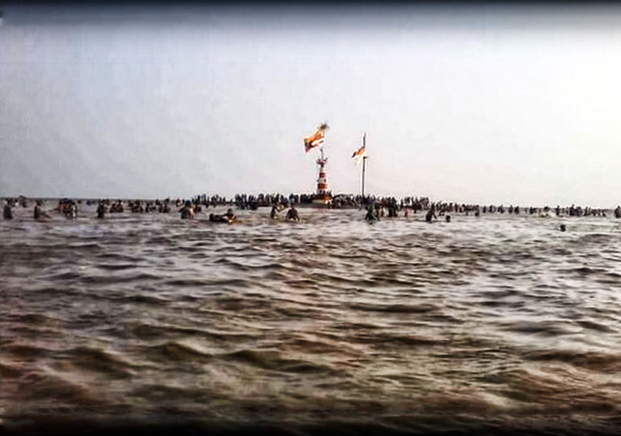 Image result for Miraculous The Lord Shiva Temple in the Sea | Gujarat Shiva Temple