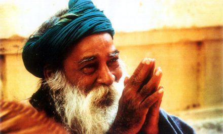 The Joyous Presence of Yogi Ramsuratkumar