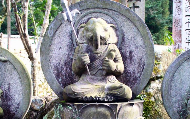 Why Japanese Religion Is Similar To Hinduism?
