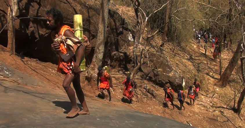 Every Shivaratri Kurumba Tribals Make the Hazardous Pilgrimage up the Mountain to Worship Lord Shiva
