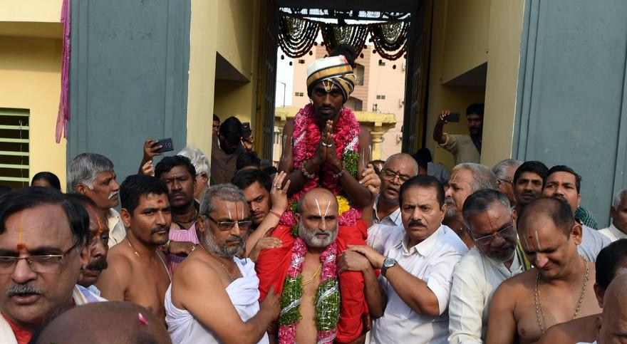 Muni Vahana Seva – Bygone 2700 Year Old Hindu Ritual