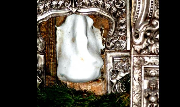 Thiruvalanchuzhi – Magnanimous Temple of Milk Froth Ganesha